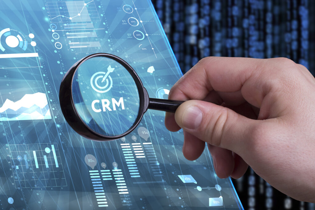 Trends and Digitization in CRM 2017: The Gap between Vision and Reality