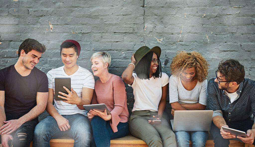 Top 5 tips for providing customer service via social media